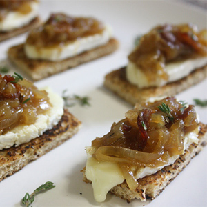 image of a bourbon bacon jam on toast points
