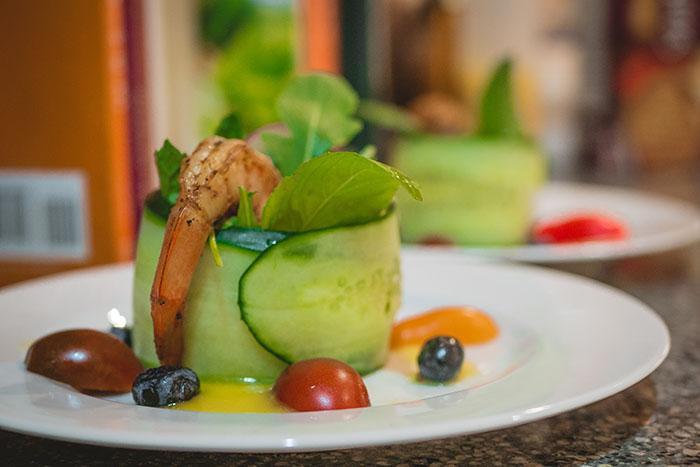 Salad: Jumbo Shrimp with Mango Vinaigrette